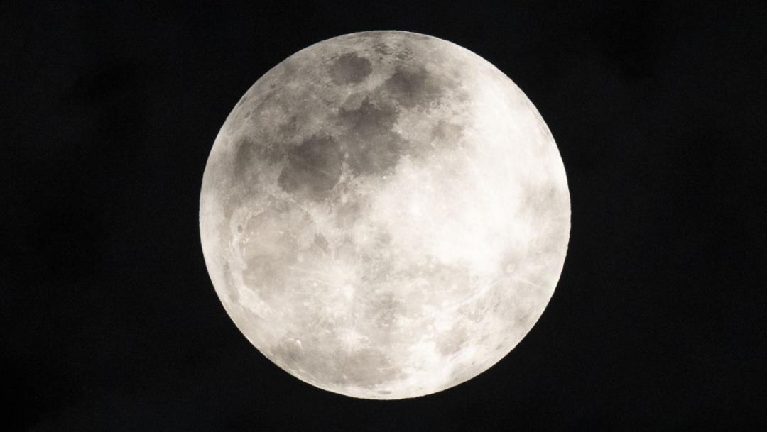 eclipse lunar luna de trueno fotos