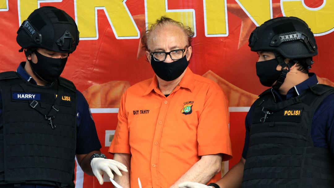 Francois Camille Abello, Indonesia, prisión