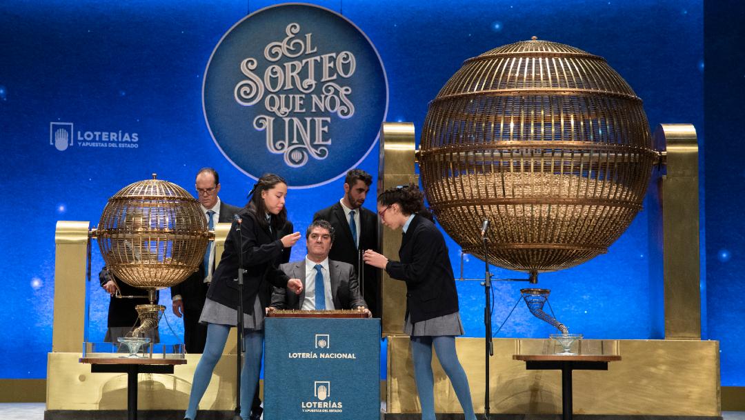 Ganan 144 millones de euros de la lotería europea 15 amigos