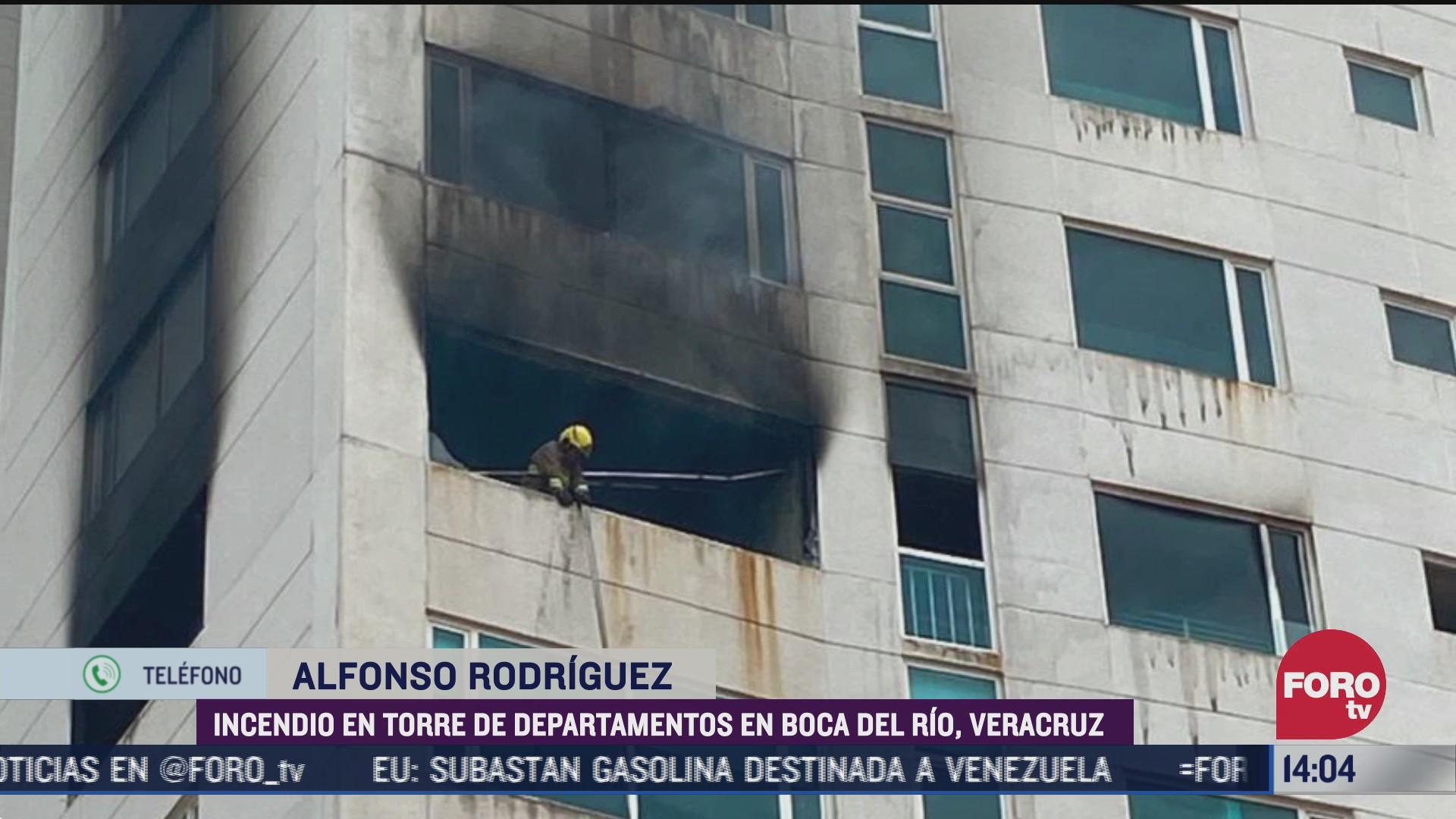 FOTO: 5 de julio 2020, sofocan al 100 por ciento incendio en departamento de boca del rio