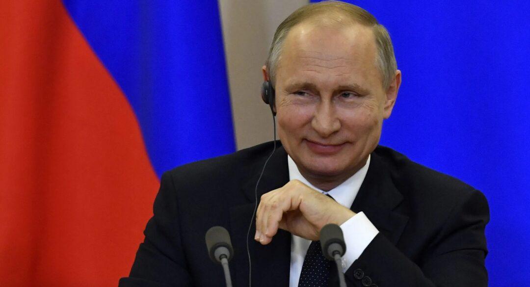 ¿Por qué el nombre Sputnik V para la vacuna rusa?