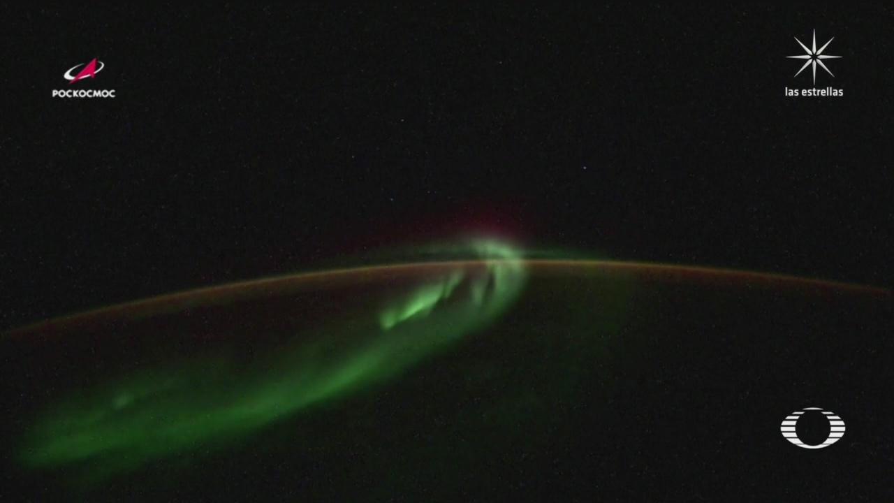 como se crea una aurora en la antartida vista desde el espacio