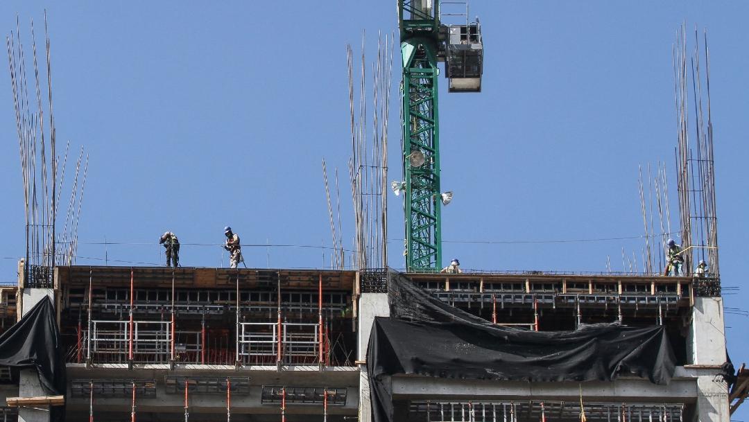 Fotografía que muestra al sector de la construcción en México