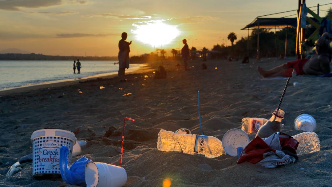 Cantidad de contaminación por plástico sería 10 veces mayor de lo estimado en el Atlántico de acuerdo a un nuevo estudio