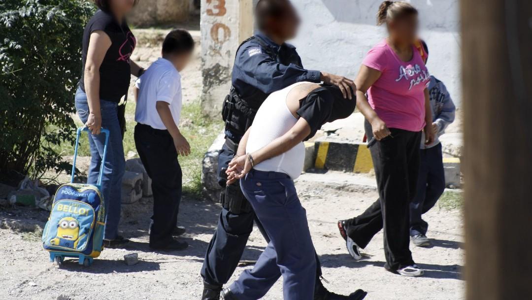 Crimen organizado recluta a menores de edad para 'halconeo y narcomenudeo' en Chihuahua