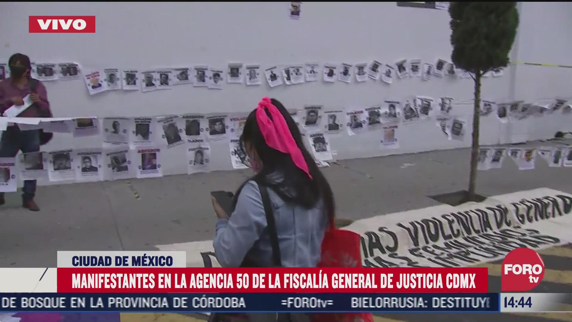 familiares y amigos exigen justicia por la muerte de marichuy a las afueras de la fgjcdmx