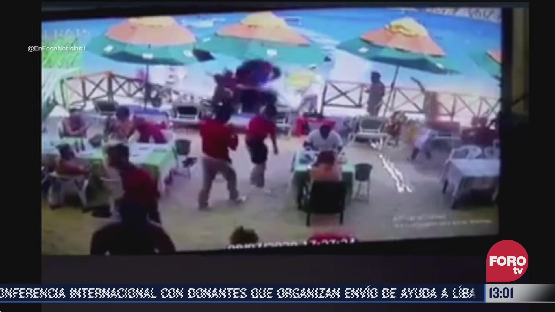 FOTO: 8 de agosto 2020, moto acuatica embiste a comensales en baja california sur