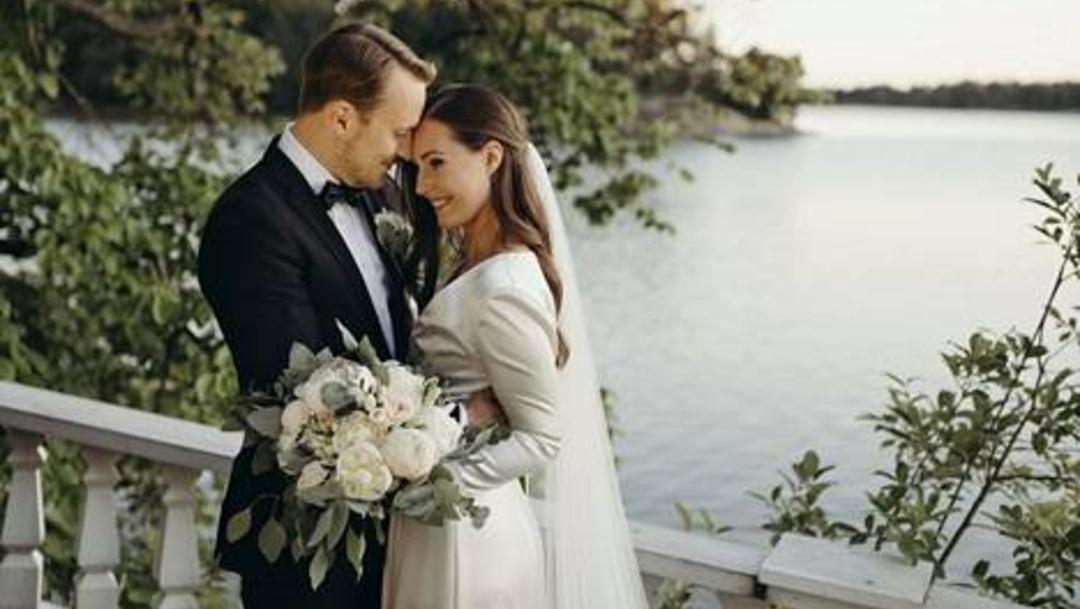 Se casa primera ministra de Finlandia, Sanna Marin, de 34 año, con su pareja Markus Raikkonen. (Foto: @danKorpiklaani)