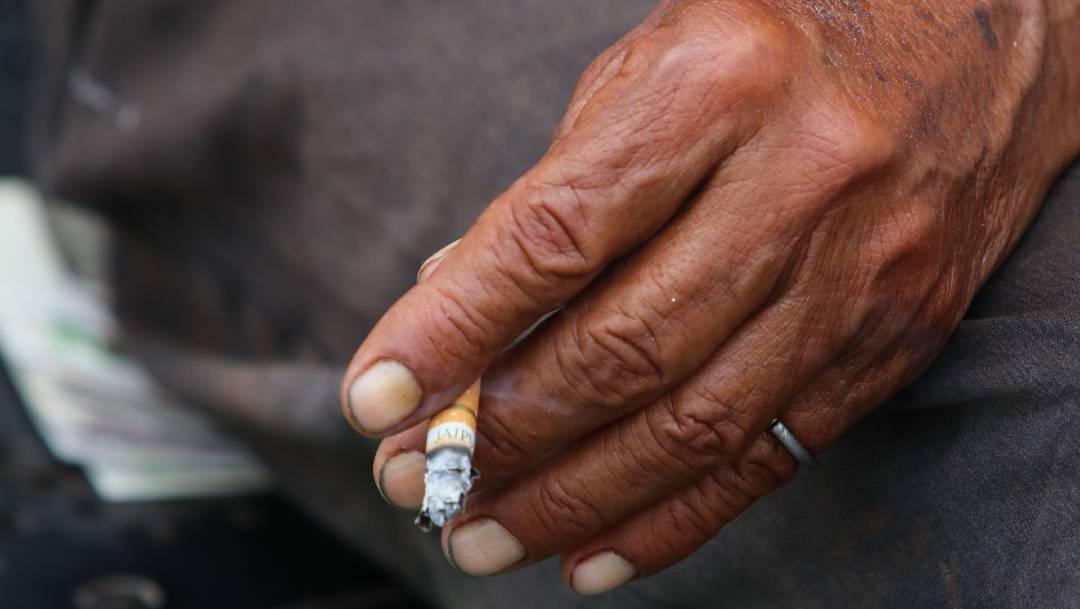 Especialistas mexicanos llaman a dejar de fumar, en el Día Mundial sin Tabaco