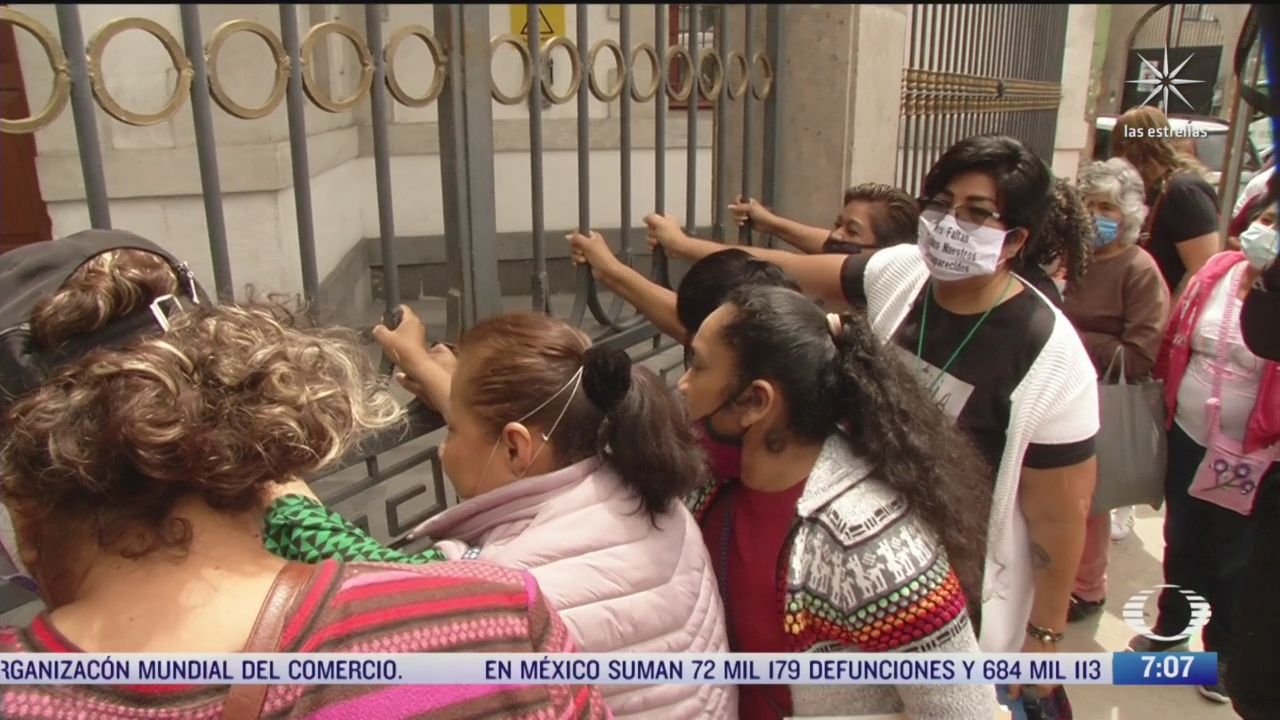 colectivos feministas mantienen tomadas las instalaciones de la cndh en la cdmx