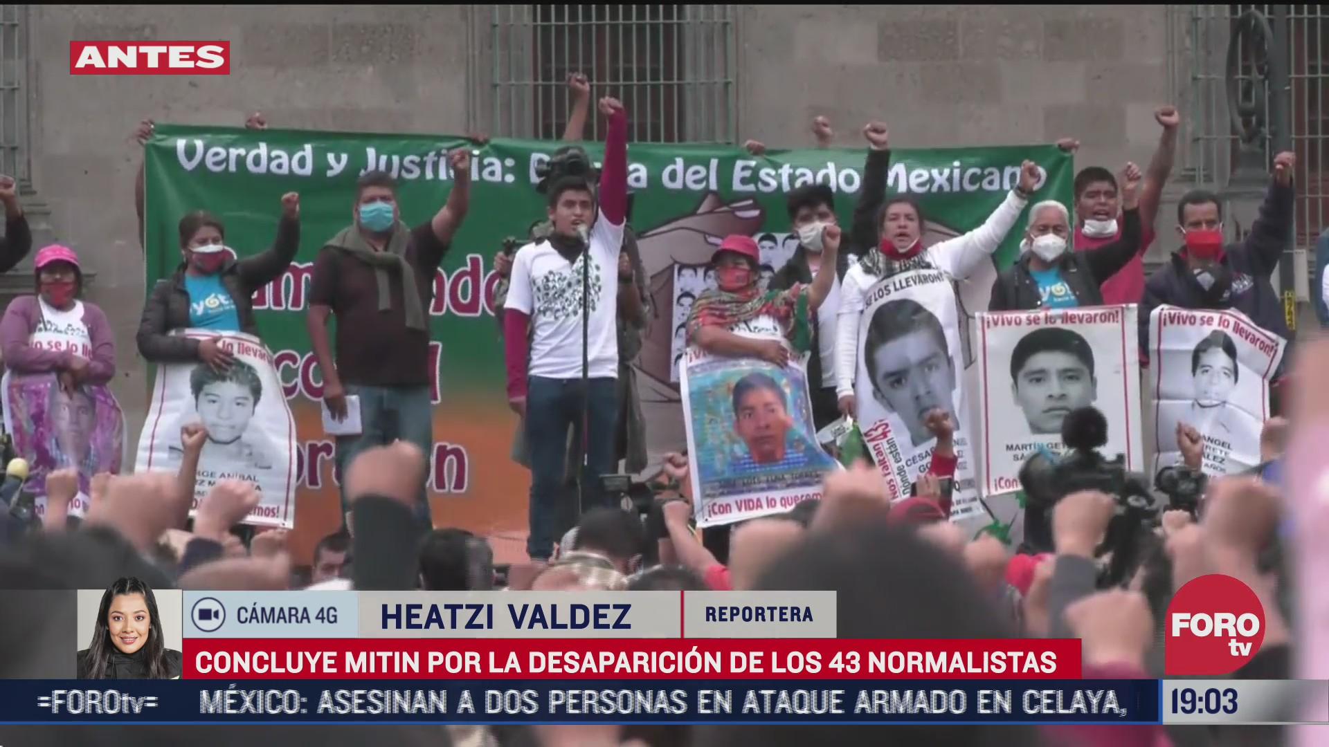 concluye mitin por la desaparicion de los 43 normalistas de ayotzinapa