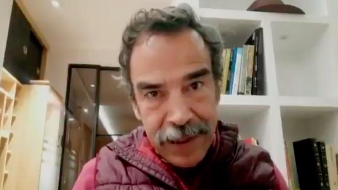 Damián Alcazar pide firmas para juicio a expresidentes