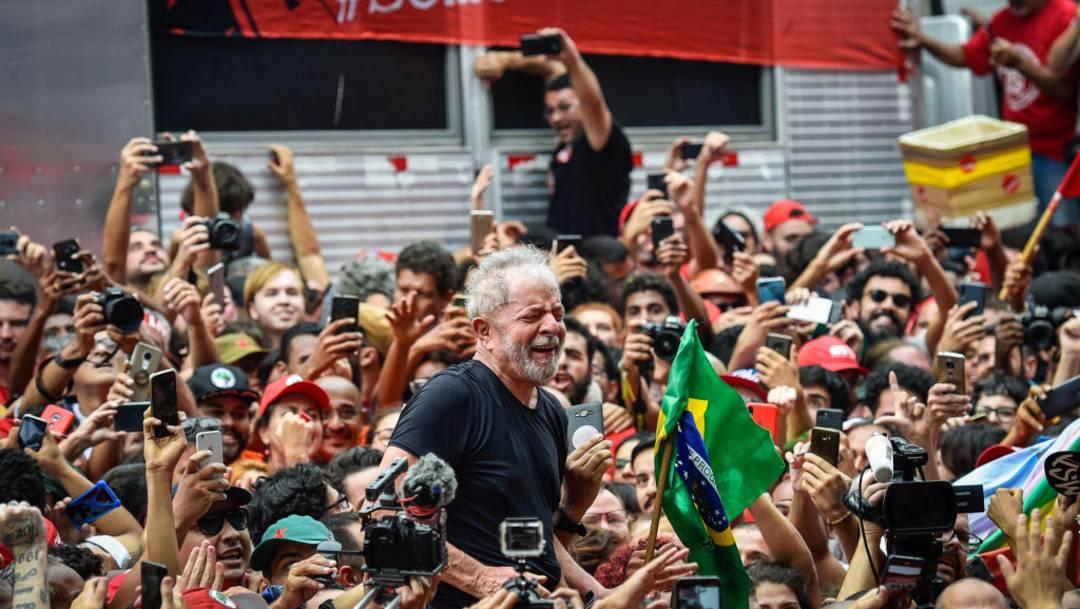 El expresidente brasileño Luiz Inácio Lula da Silva dice que apoyará a cualquier candidato capaz de derrotar a Jair Bolsonaro en las elecciones de 2022