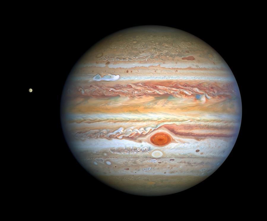 Hubble-toma-espectacular-foto-a-Júpiter-y-su-luna-Europa'