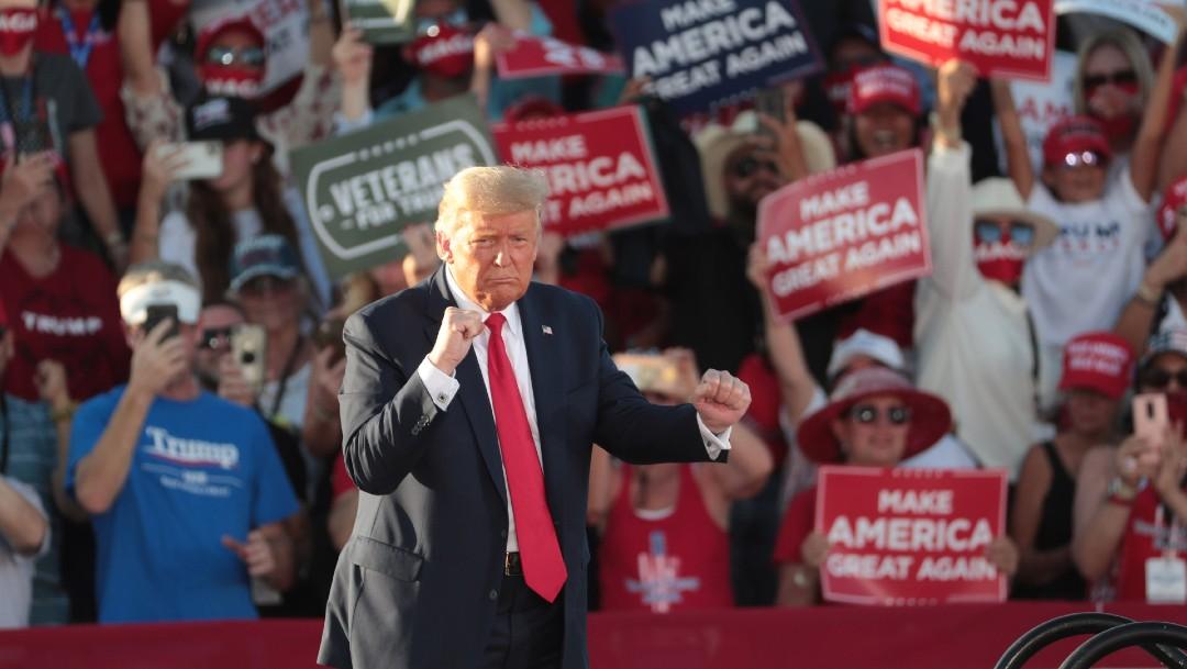 A ritmo de salsa, Trump busca sumar simpatías en la comunidad hispana