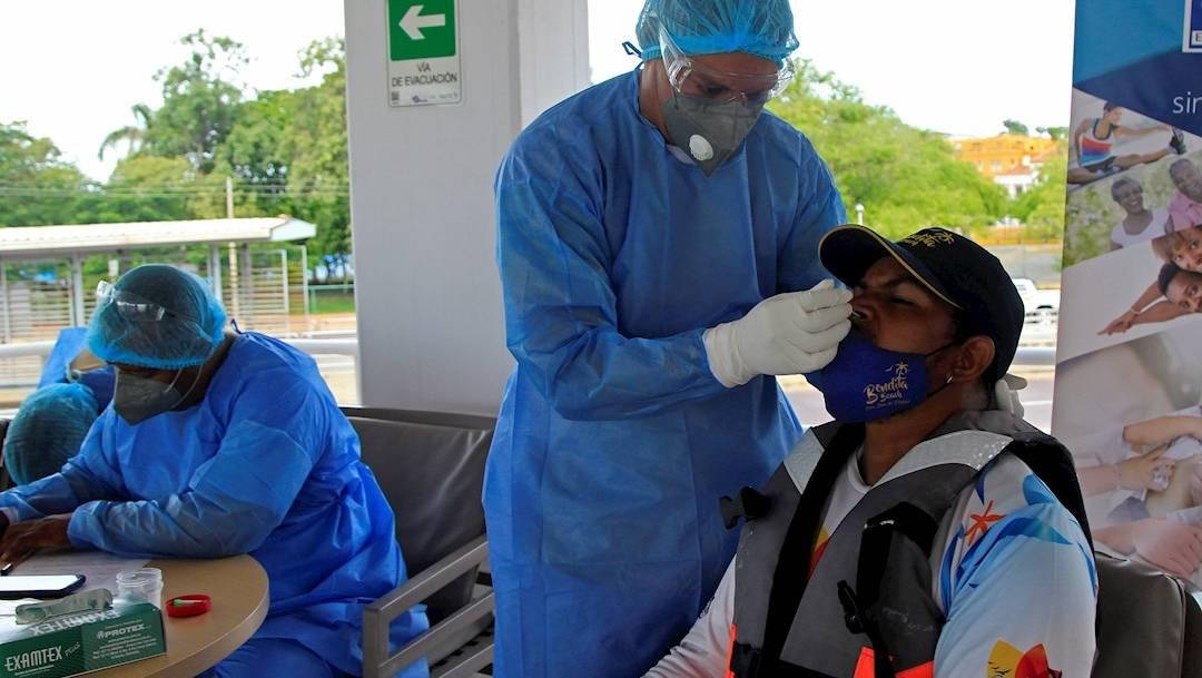 Un estudio realizado por la Universidad de Bristol asegura que la vacuna desarrollada por AstraZeneca y Oxford genera una fuerte respuesta inmune