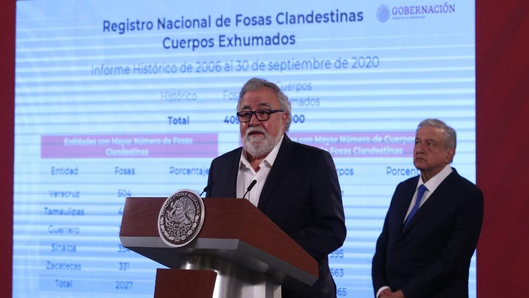 Alejandro Encinas, subsecretario de Derechos Humanos de Segob y el presidente Andrés Manuel López Obrador