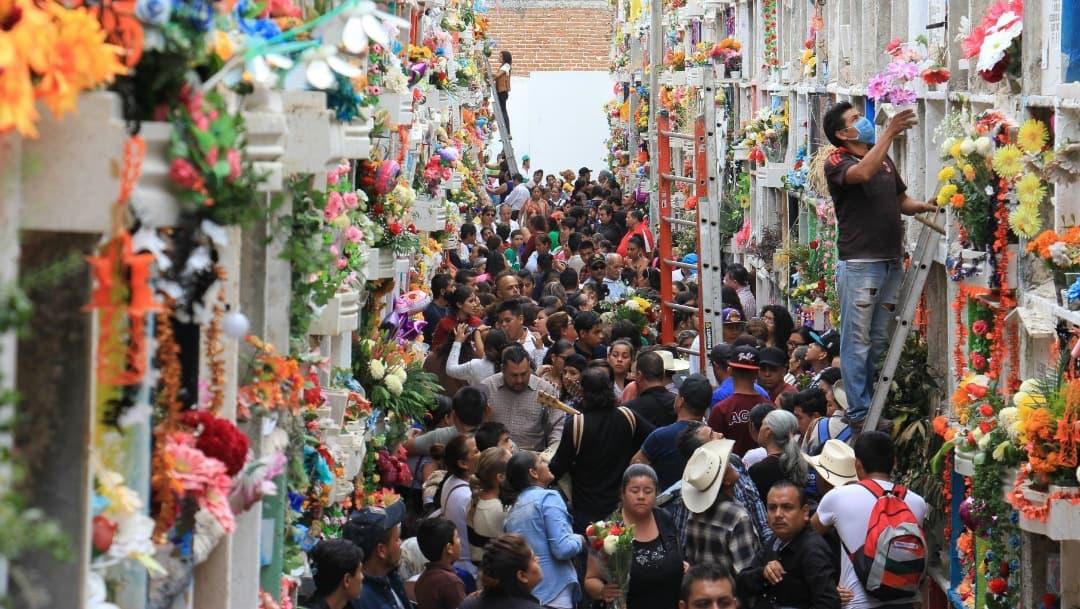 Guanajuato mantendrá panteones cerrados durante Día de Muertos