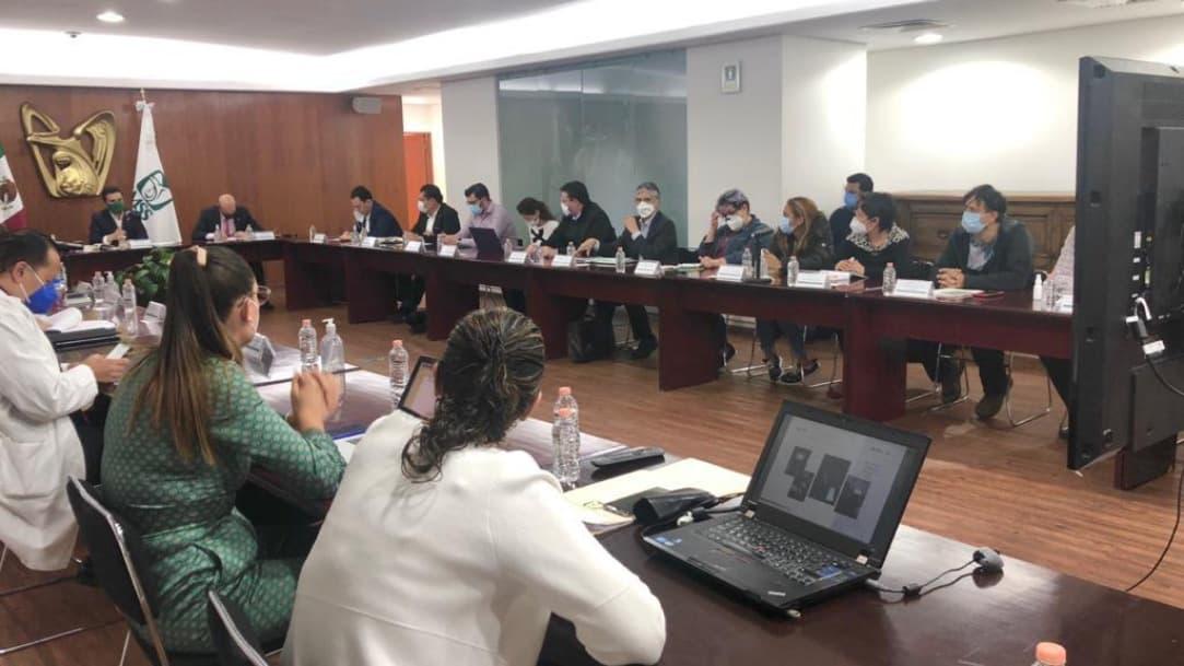 IMSS firma convenio con Cancerología para atender pacientes pediátricos