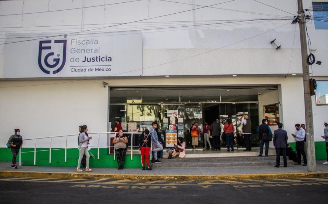 Fiscalía de CDMX abre 100 plazas; aquí los requisitos