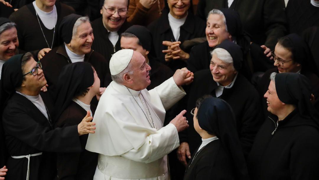 Papa Francisco pide mayor participación femenina en instituciones de la Iglesia