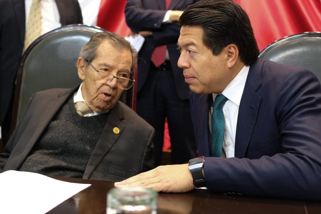 Muñoz-Ledo-y-Mario-Delgado-empatan-para-dirigencia-de-Morena