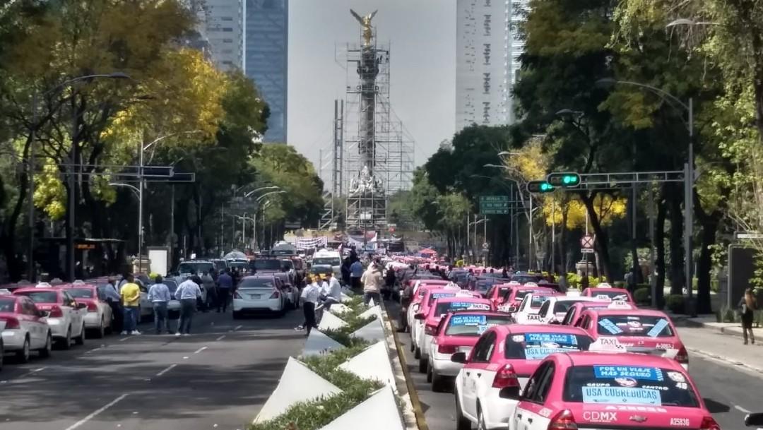 Protestan taxistas en la Ciudad de México