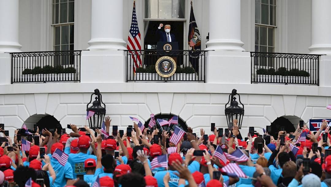 El presidente de Estados Unidos, Donald Trump, celebró este sábado su primer acto público de campaña tras recuperarse del COVID-19