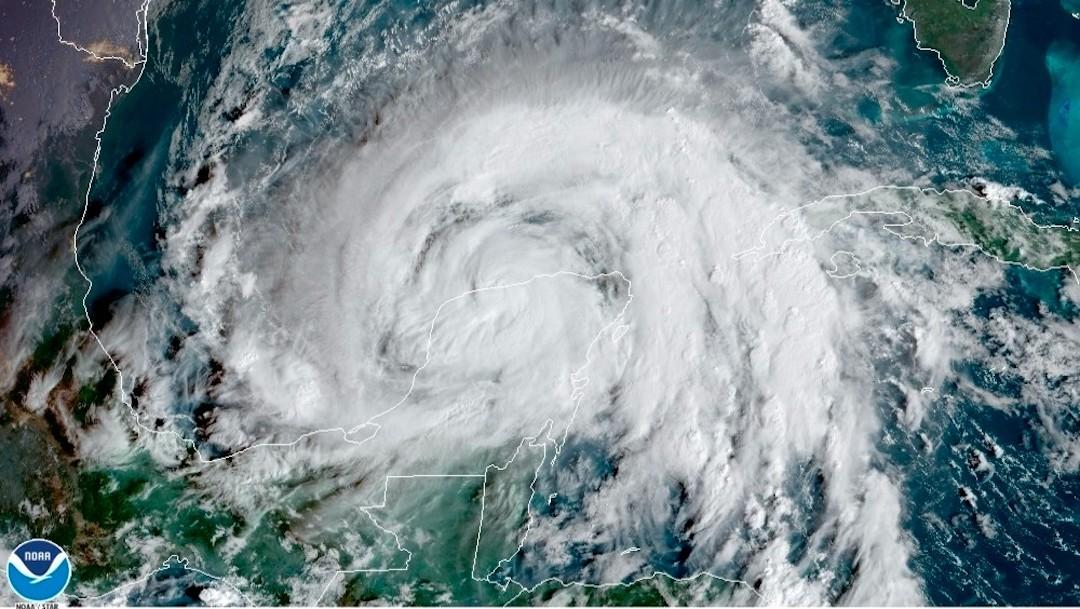 Zeta se fortalece a huracán, a mediodía podría sentirse en costas de Louisiana