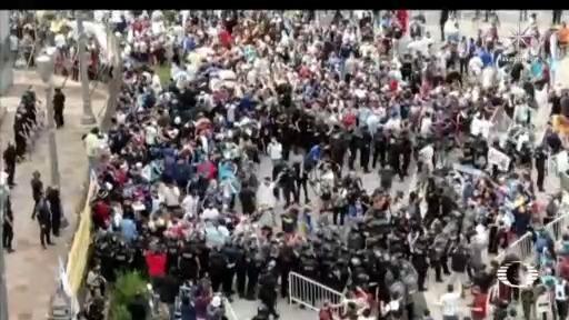 argentina se desborda para despedir a maradona en la casa rosada
