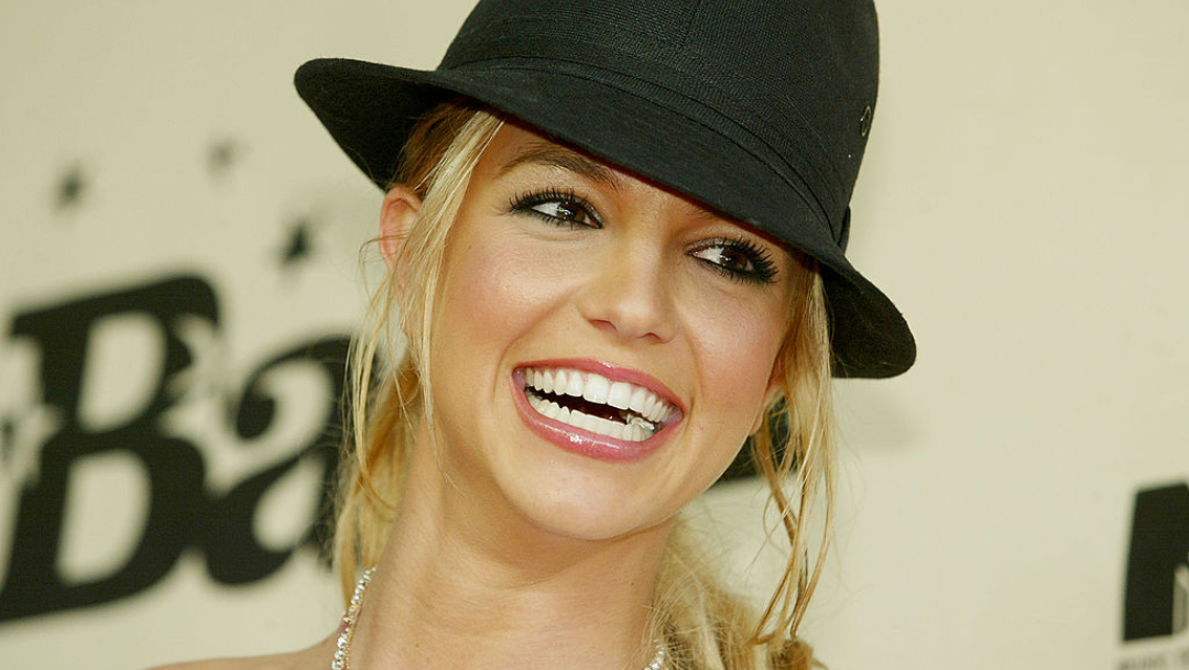 Britney Spears deja de cantar pierde demanda contra padre