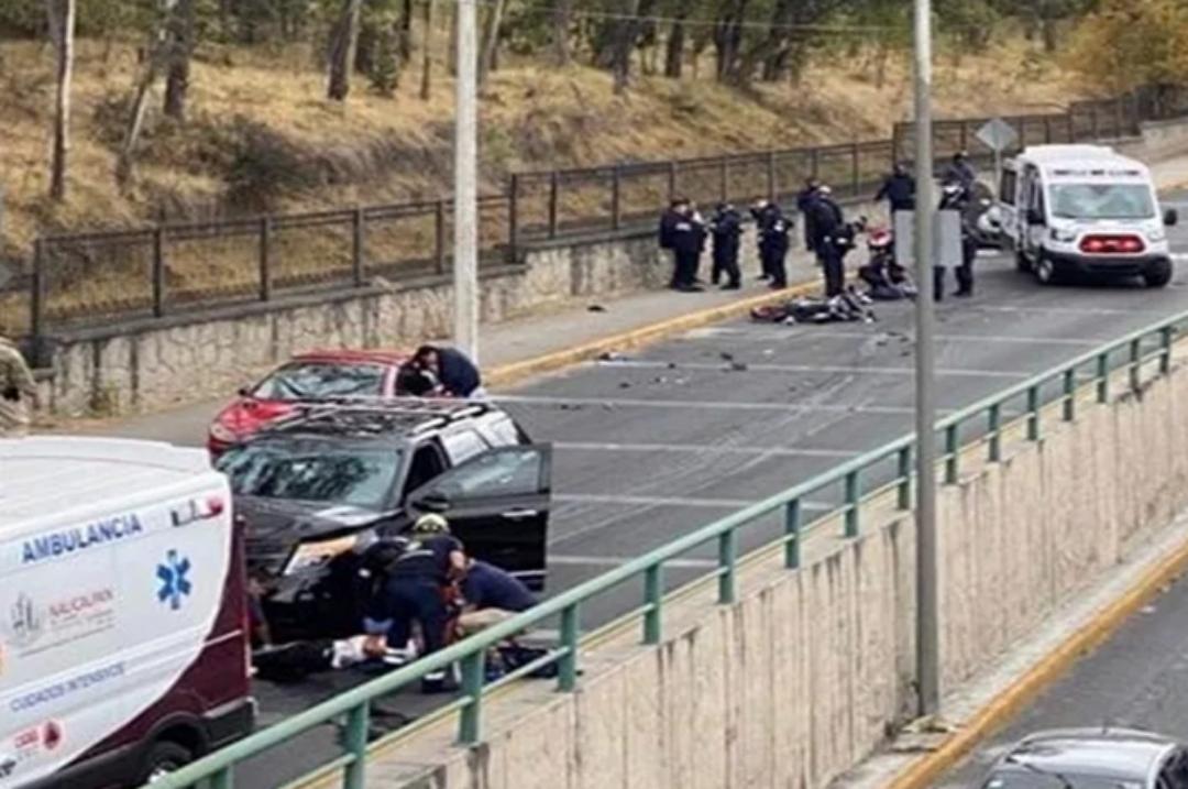 Atropelló a ladrones en motocicleta en Naucalpan