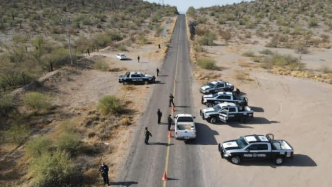 Detienen a sujetos armados que dispararon a policías en Caborca