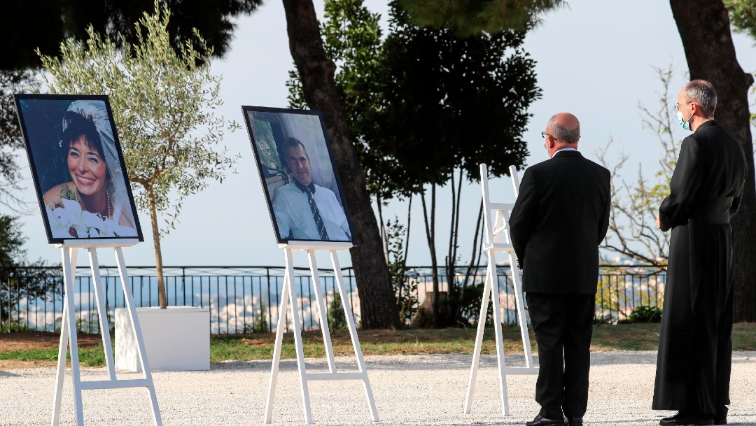 Francia rinde homenaje a las tres víctimas mortales del atentado en Niza