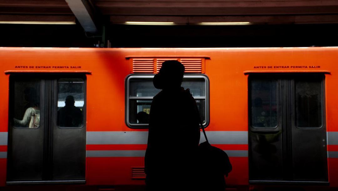 El gobierno capitalino informó que a partir del miércoles 18 de noviembre, harán pruebas de COVID-19 en estaciones del metro de la CDMX