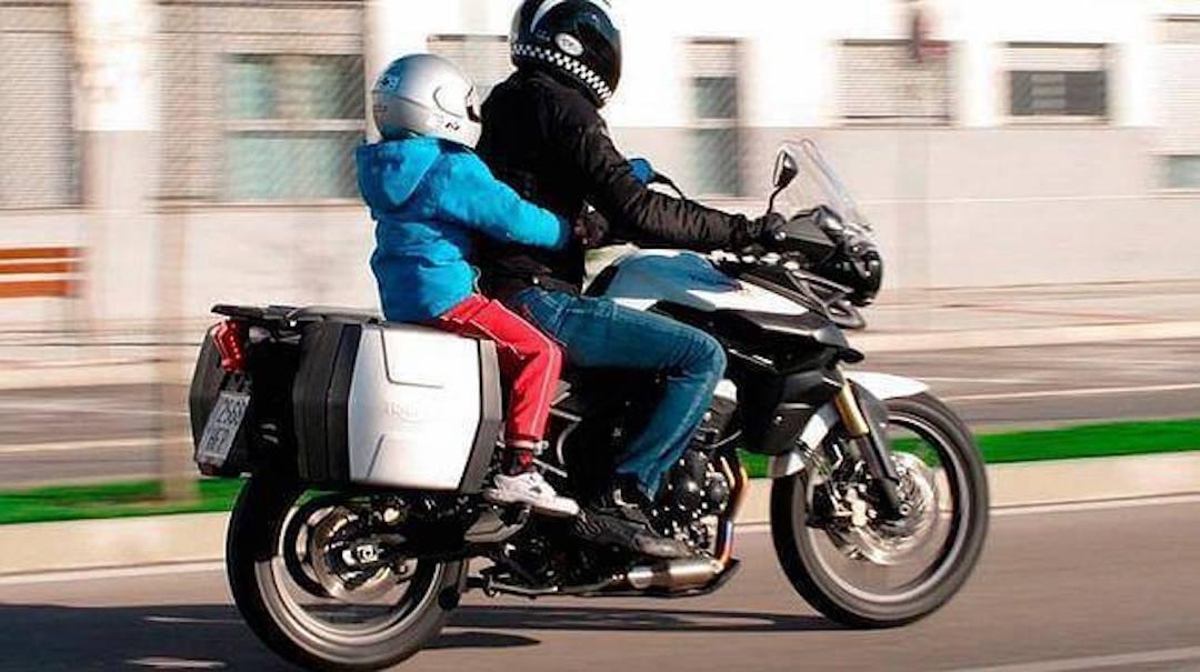 Traslado Niños Motocicleta Guanajuato Foto