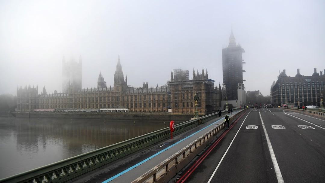 Reino Unido relajará medidas sanitarias para navidad