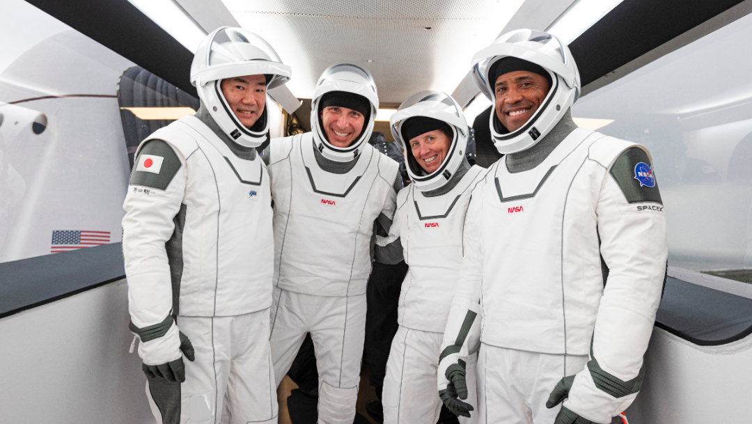 Misión SpaceX Crew-1 a la EEI lanzamiento