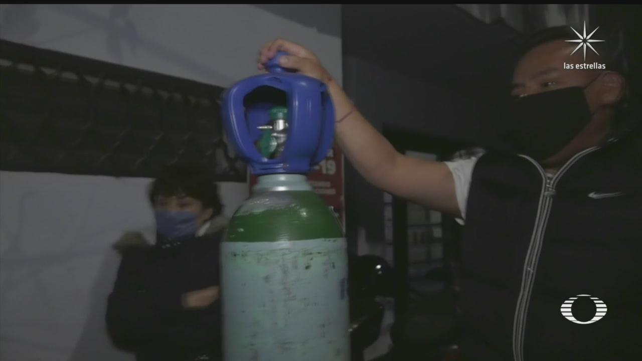 el calvario de conseguir tanques de oxigeno en la cdmx