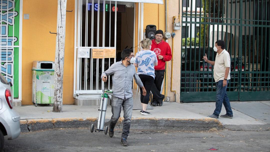 Escasean los tanques de oxígeno en la Ciudad de México