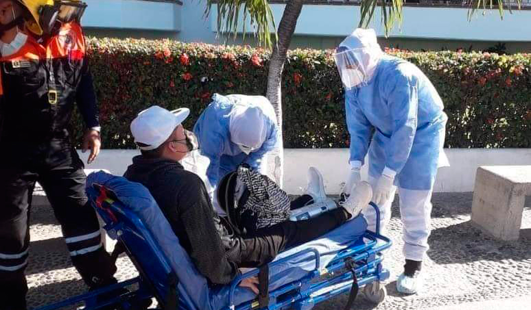 Hombre de Puebla vaciona en Puerto Vallarta pese a padecer covid