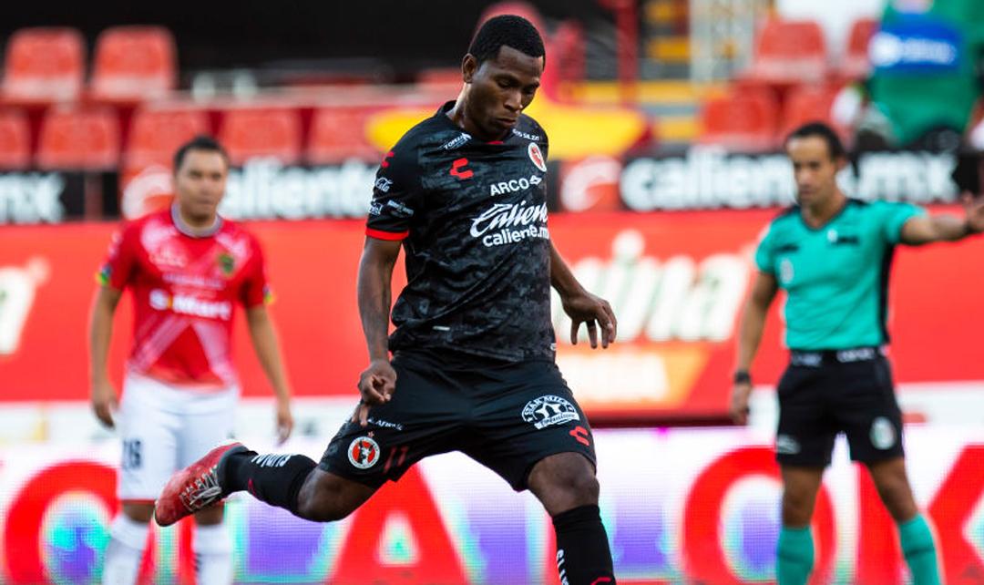 El jugador de Ecuador Bryan Angulo ha sido relacionado a un asesinato