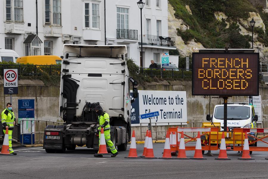 Francia-levanta-restricción-a-Reino-Unido-con-prueba-COVID