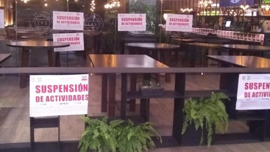 Suspenden restaurante en CDMX por abrir en semáforo rojo