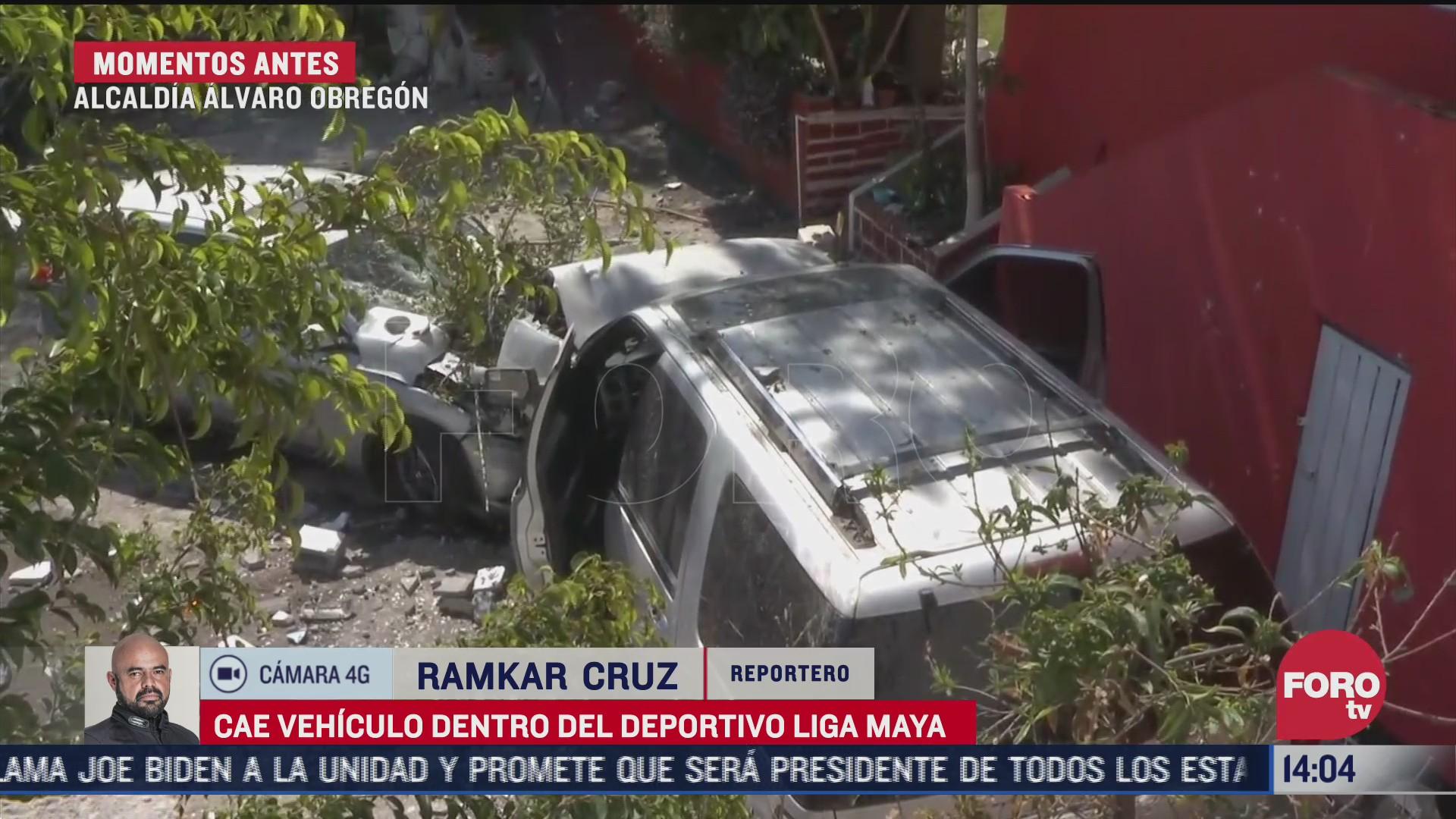 camioneta cae a estacionamiento de deportivo en la alvaro obregon