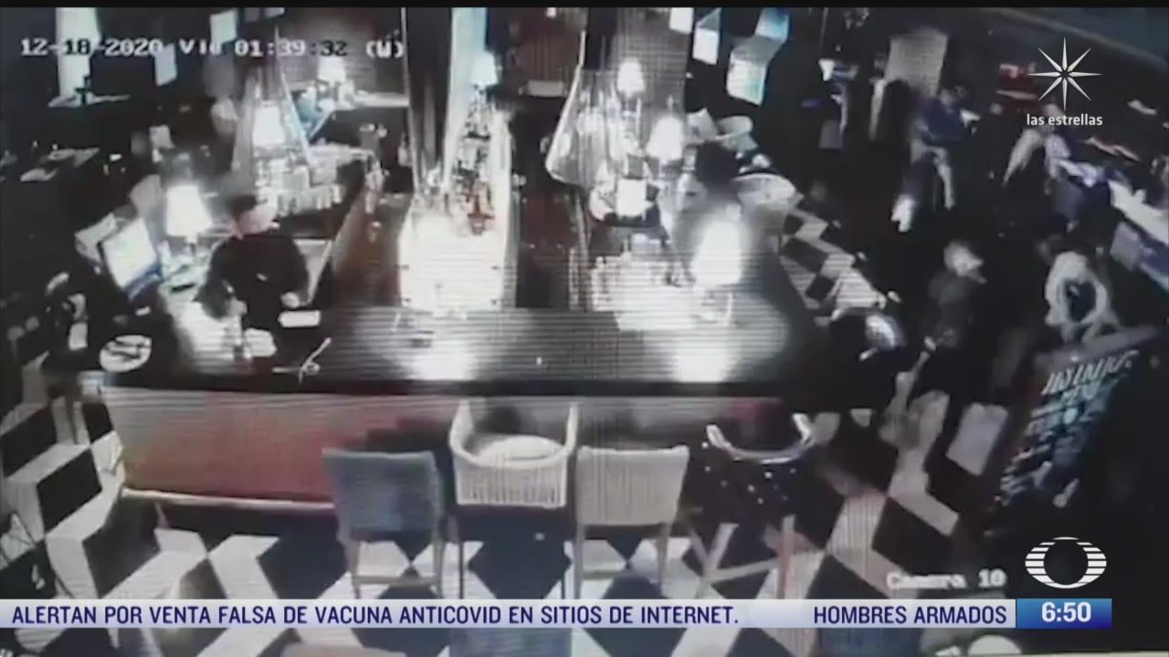 detienen a trabajador de bar donde asesinaron a aristoteles sandoval
