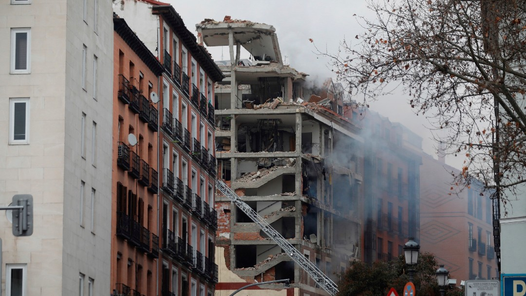Explosión causa derrumbe en edificio de Madrid