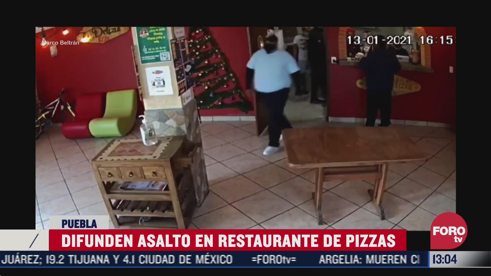 graban asalto en restaurante de pizzas en puebla