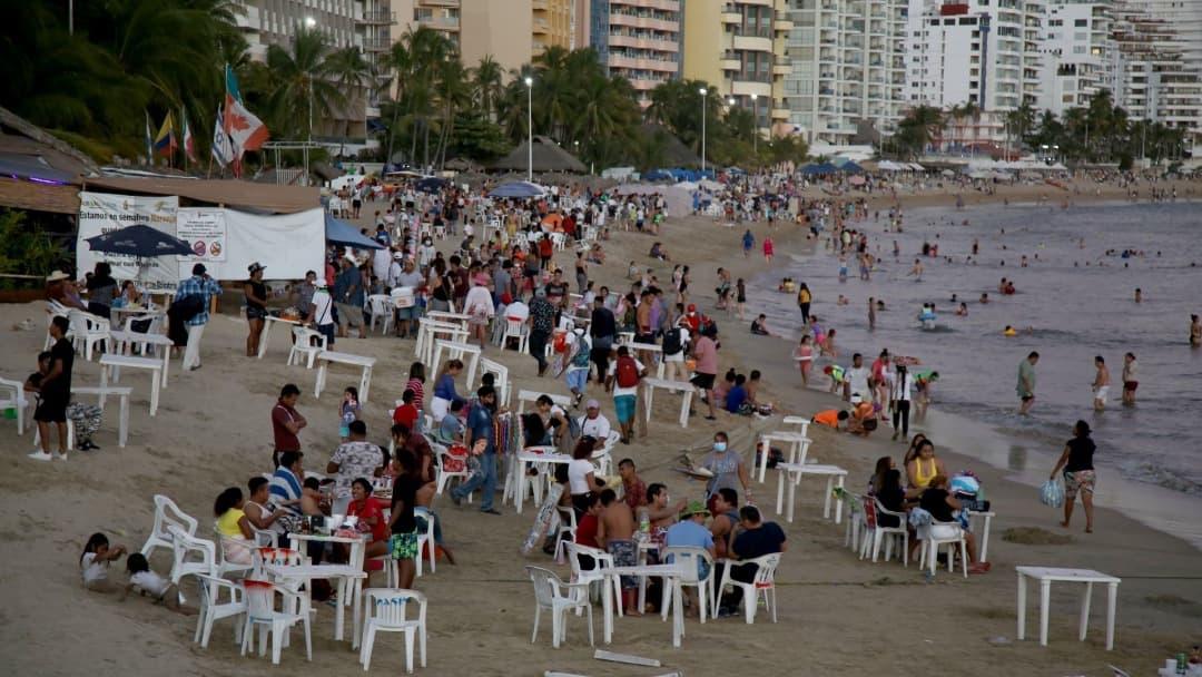 Implementan operativos de vigilancia y rescate en Acapulco
