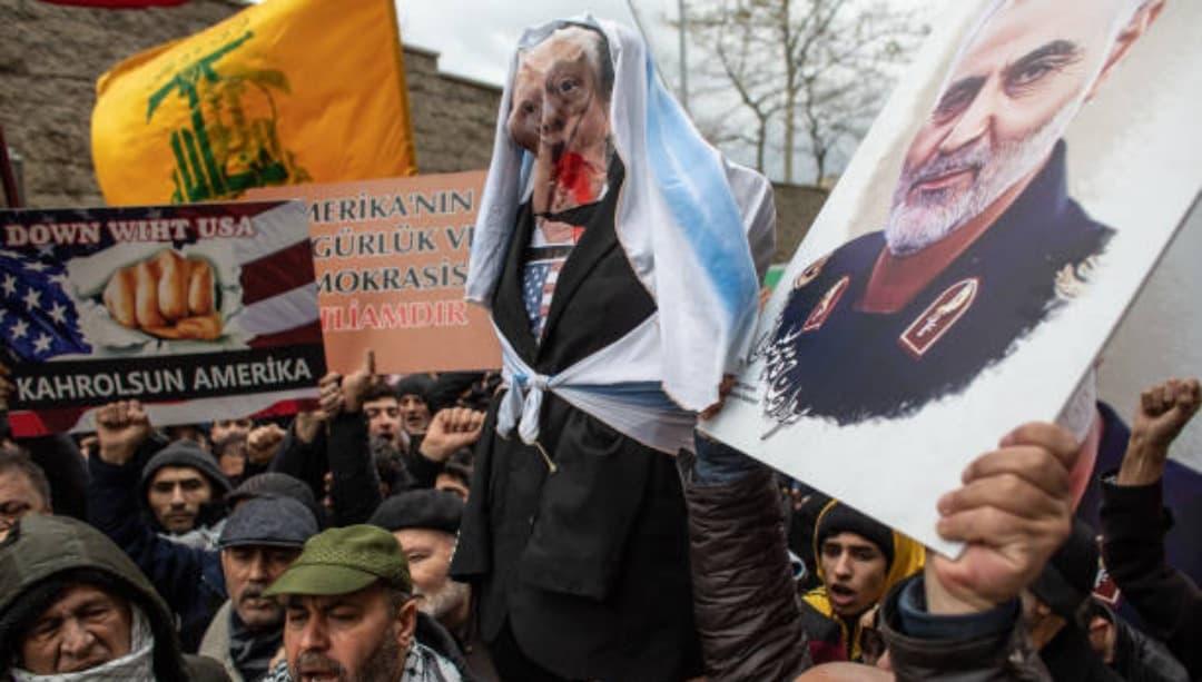 Irak emite orden de arresto contra Trump por asesinato de Soleimaní
